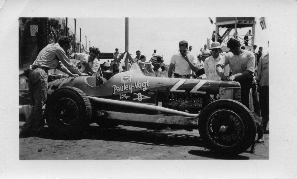 The Pauley-Vogt Indianapolis car driven by Red Byron 2